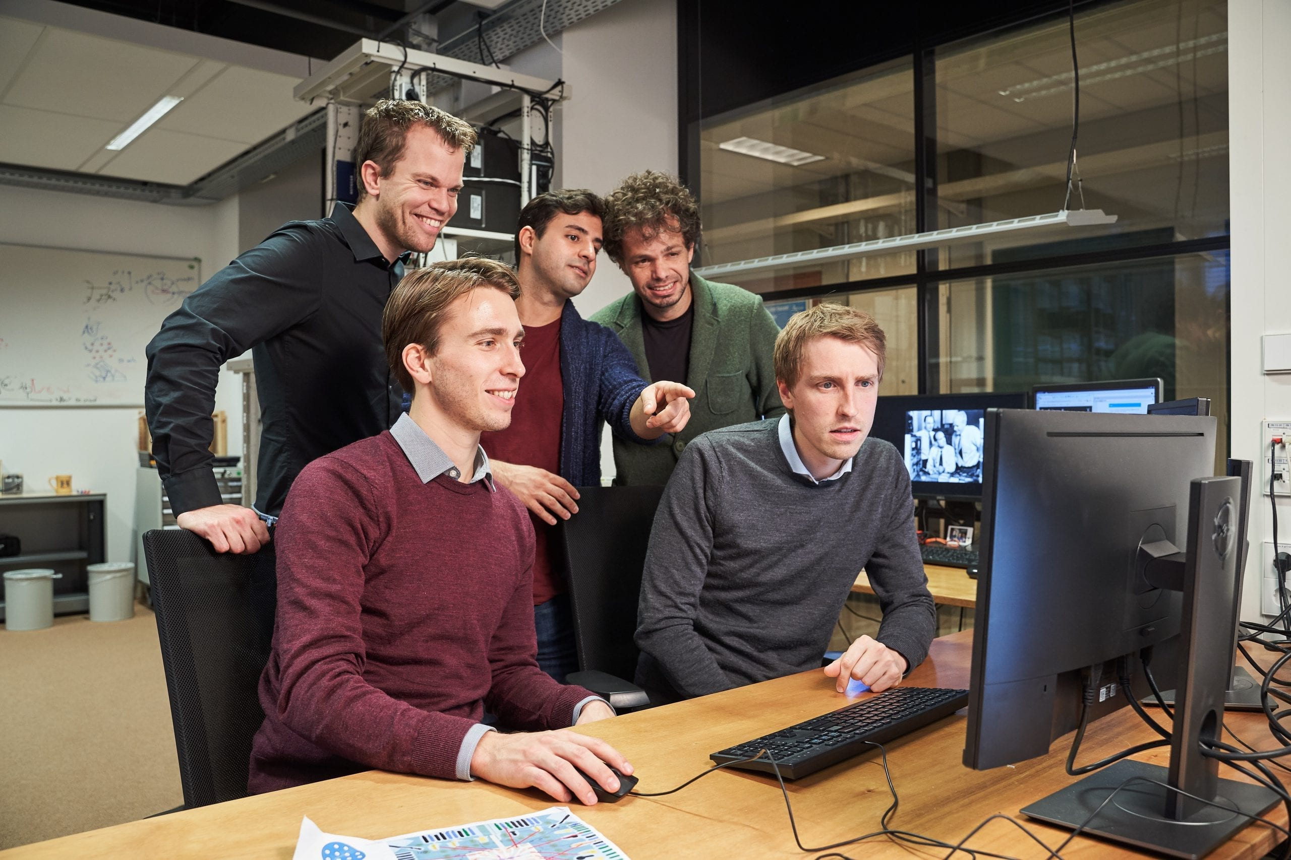 The team in the lab: (from top to bottom, from left to right): Menno Veldhorst, Amir Sammak, Giordano Scappucci, Nico Hendrickx and David Franke.